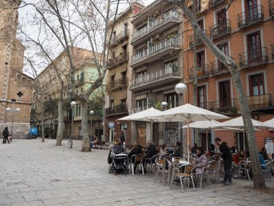 Terrace life at Plaza de la Virreina