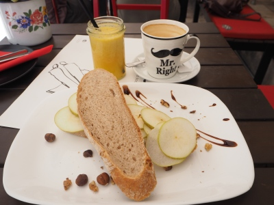"breakfast at ""Corto Matlese"""