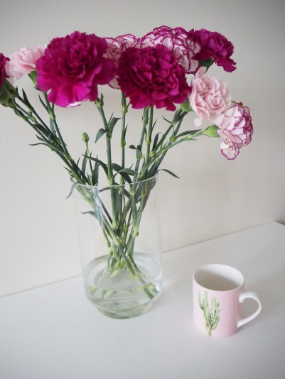 always a good match, coffee and flowers