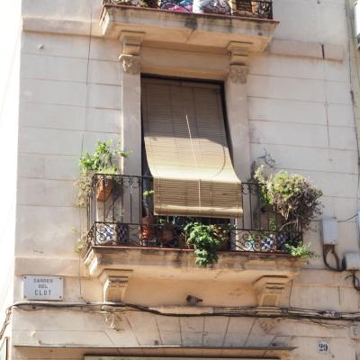 details of Carrer del Clot