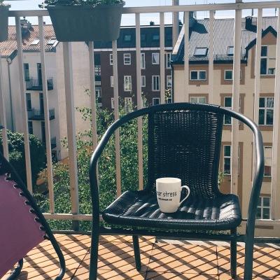 balcony season