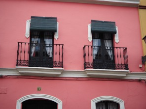 balconies like senoritas